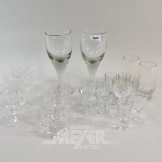 25 div. Kristall-Gläser: 2 gr. Weingläser,