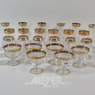30 Kristallgläser mit Goldrand