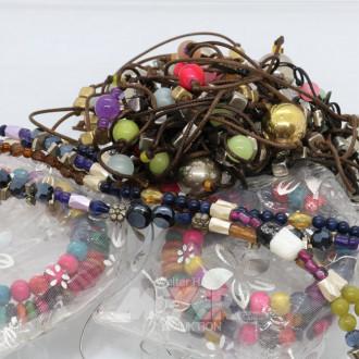 Posten Modeschmuck-Armbänder und Ketten