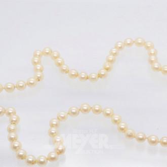 Zuchtperlenkette mit Silberschließe