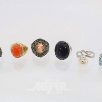 31 Damenringe Silber, teils mit Farbsteinen
