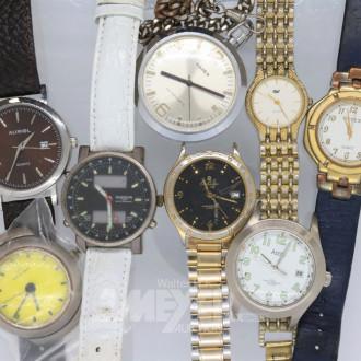 Posten Armband- und Taschenuhren,